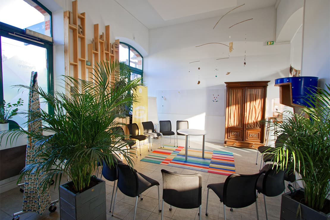 location-salle-creativite-saint-germain-en-laye-ancienne-gare